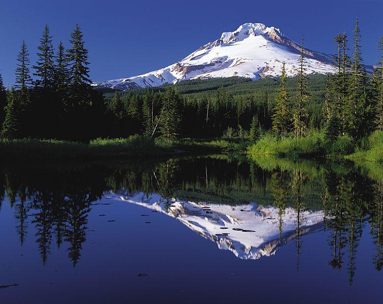Sjö skólapiltar og tveir kennarar urðu úti á Mount Hood …