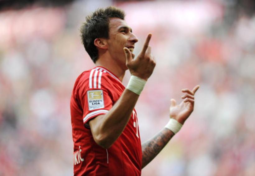 Mandzukic skoraði með mjöðminni fyrir Bayern München gegn Hoffenheim.