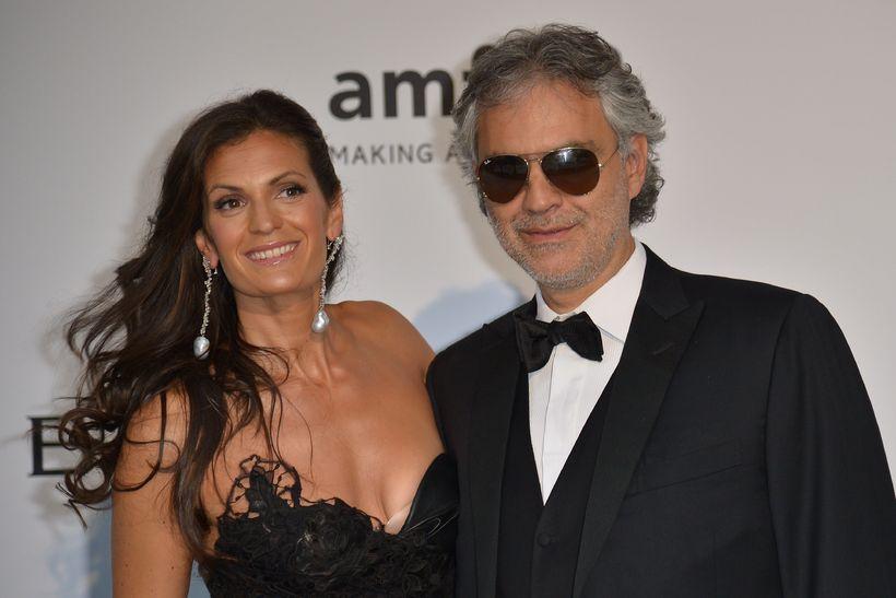 Ítalski tenórinn Andrea Bocelli ásamt eiginkonu sinni Veronicu Berti.