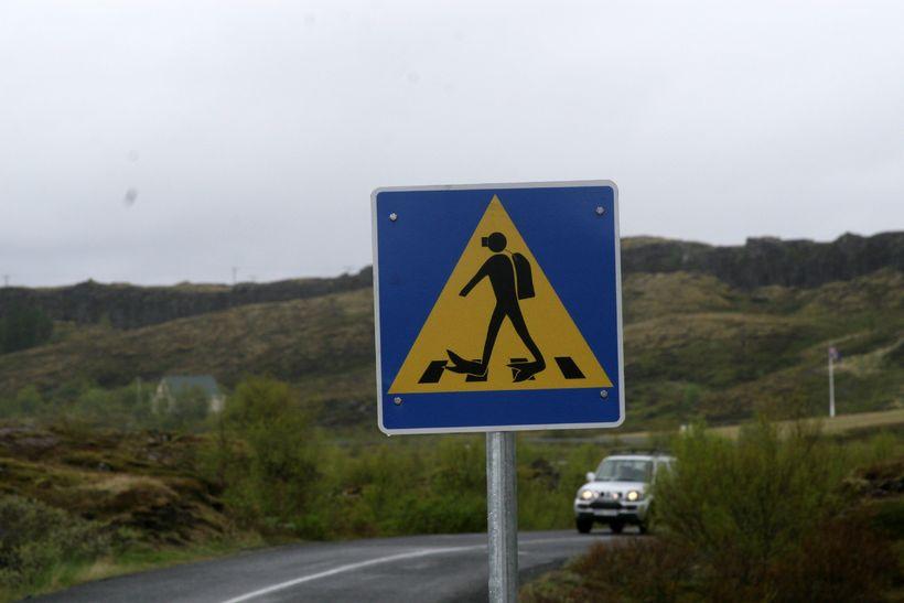 Til stendur að setja upp hraðamyndavélar við Þingvallaveg.