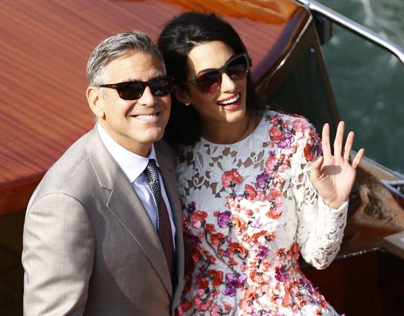 George Clooney og Amal Clooney giftu sig á Ítalíu.
