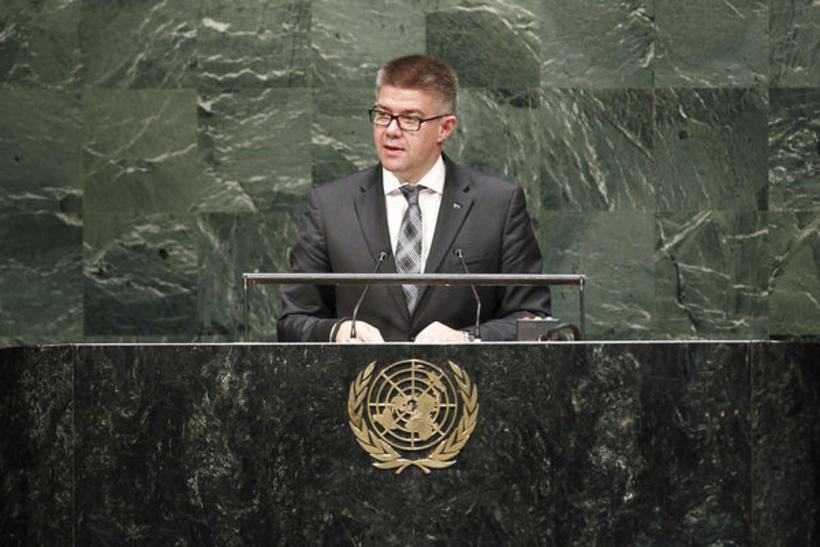 Foreign Minister Gunnar Bragi Sveinsson.