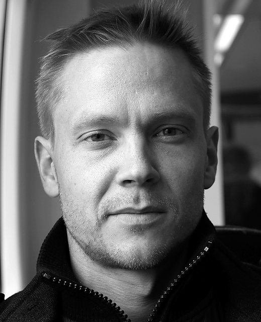 Kjartan Thor Wikfeldt, eðlisfræðingur. Einn höfunda greinar í Nature um …