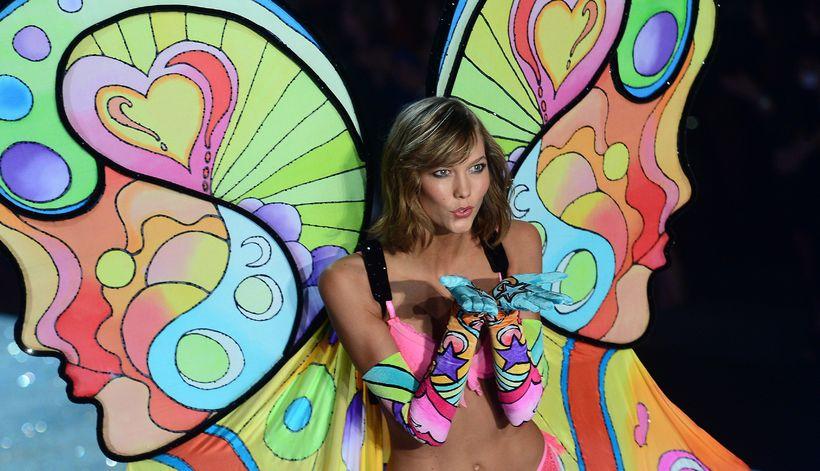 Karlie Kloss á tískusýningu Victoria's Secret árið 2013.