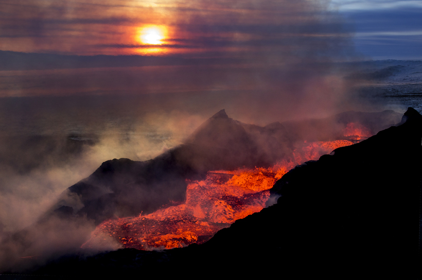 The Bárðarbunga eruption at Holuhraun 2014-2015 is the largest volcanic ...