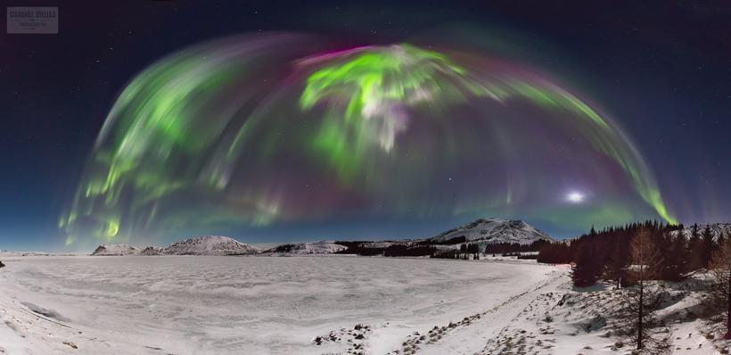 An aurora corona captured on film at Þingvellir national park ...