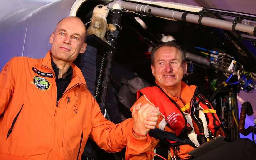Svissneski flugmaðurinn Bertrand Piccard og Andre Borschberg