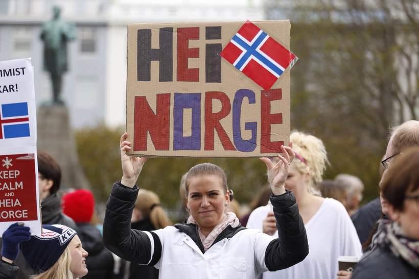 Guðrún Ösp heilsar Noregi, en er ekki ánægð með það.