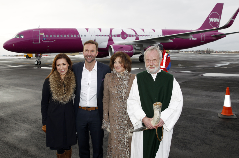 Skúli Mogensen and partner, together with the First Lady and …