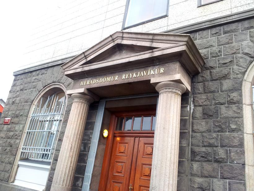 Stefnt er á að flytja málið í Héraðsdómi Reykjavíkur 1. ...