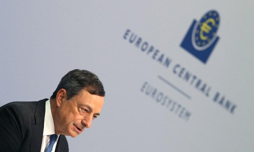 Mario Draghi, bankastjóri Evrópska seðlabankans, telur nauðsynlegt að endurskipuleggja skuldir ...