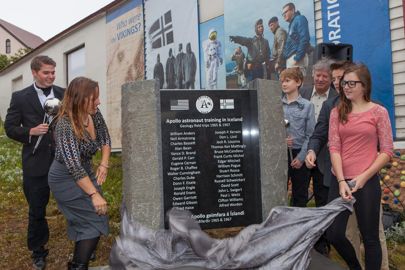 Neil Armstrong's grandchildren unveil a monument to the Apollo astronauts.