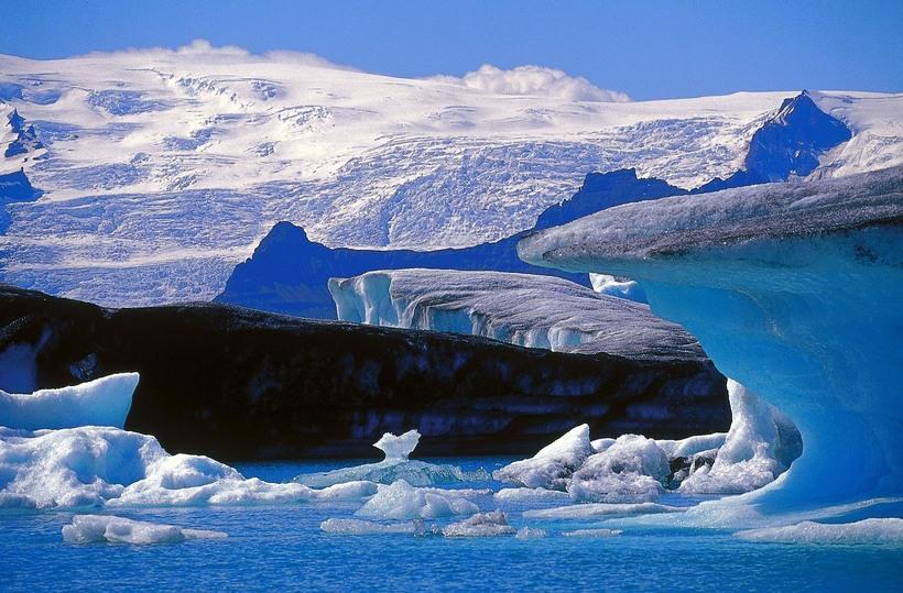 The ever-popular Jökulsárlón glacier lagoon.
