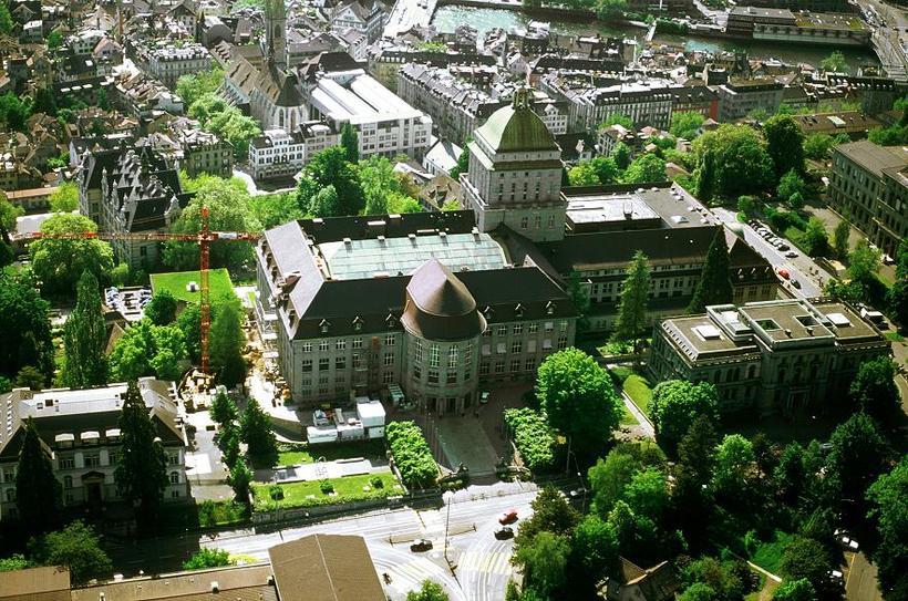 Frá Zurich í Sviss.