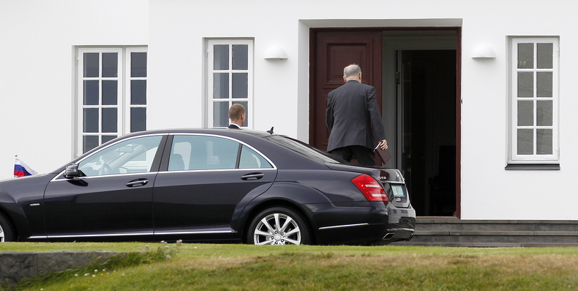 Ambassador Vasiliev arriving at Bessastaðir, the official residence of the ...