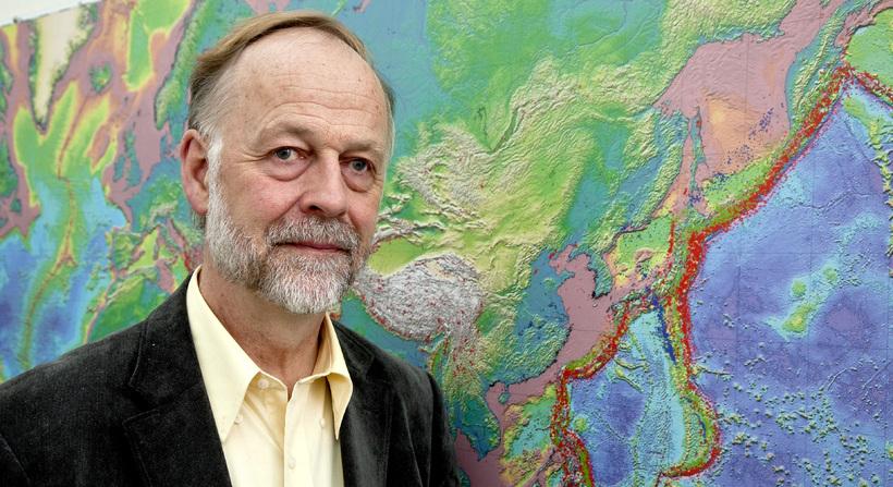 Prof. Páll Einarsson.
