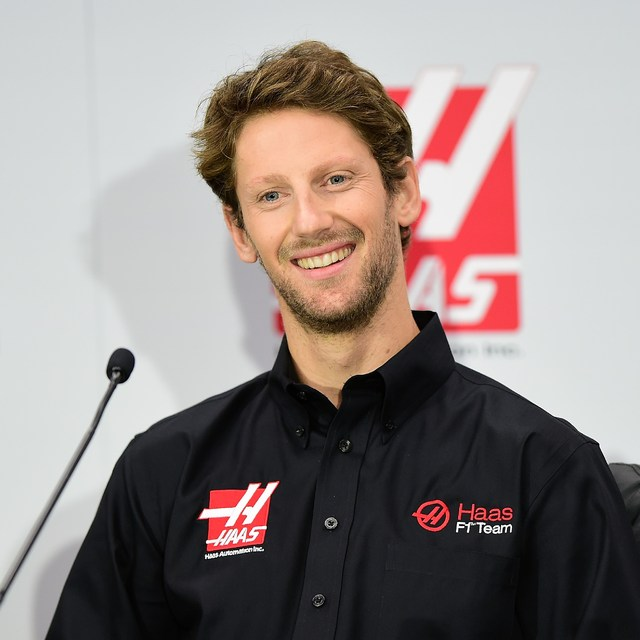 Romain Grosjean klæddist klæðnaði Haas í tilefni dagsins.