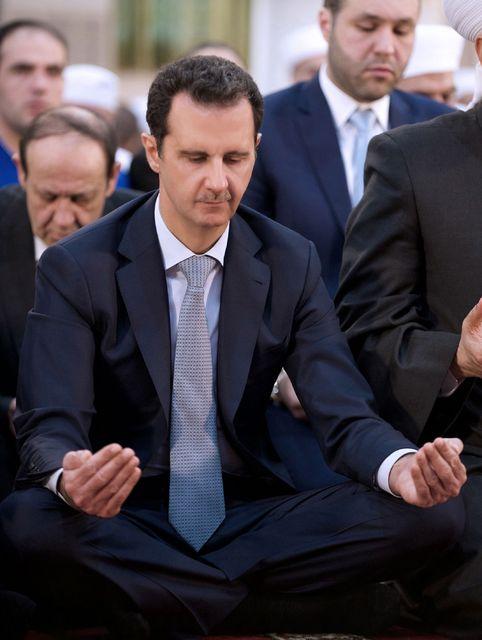 Forseti Sýrlands, Bashar al-Assad, fangarnir voru látnir segja það er …