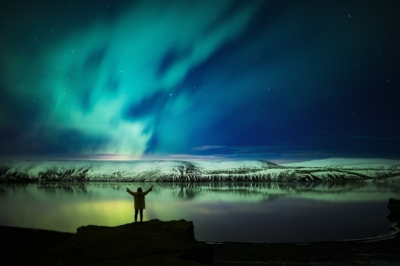 Northern lights at Lake Kleifarvatn.