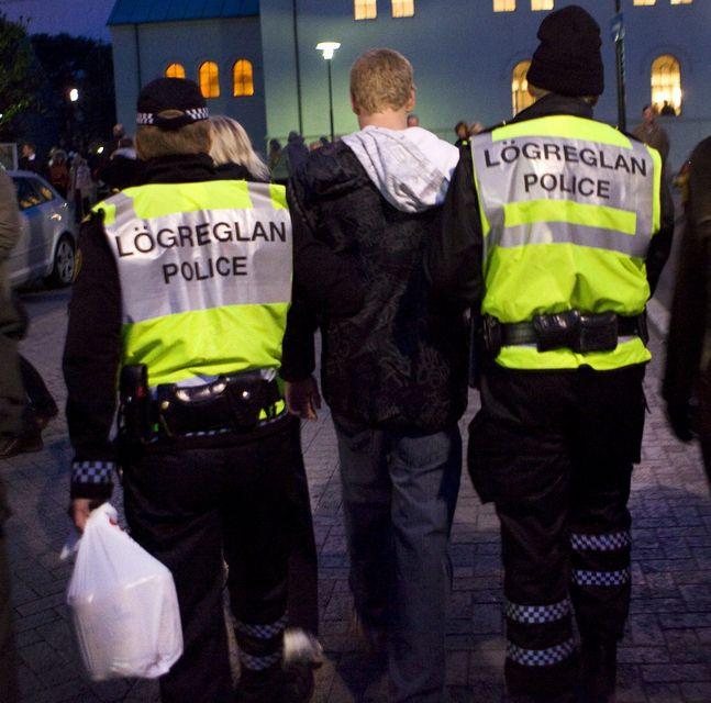 52% ungra karla (18-24) drekka sig ölvaða í hverjum mánuði.