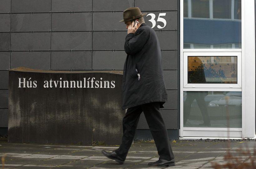 SA hafa að gefnu tilefni birt uppreiknaðar launatöflur miðað við ...