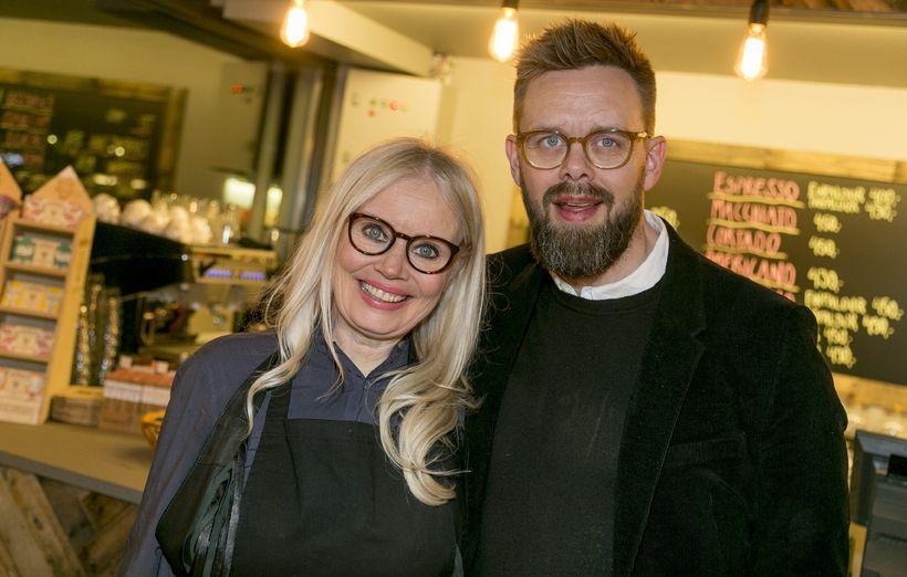 Raw food chef Solla Eiríksdóttir with her partner Elías Guðmundsson.