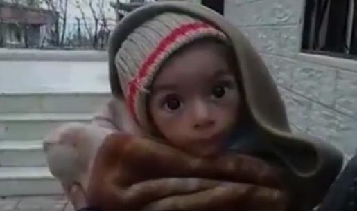 Barn í bænum Madaya.