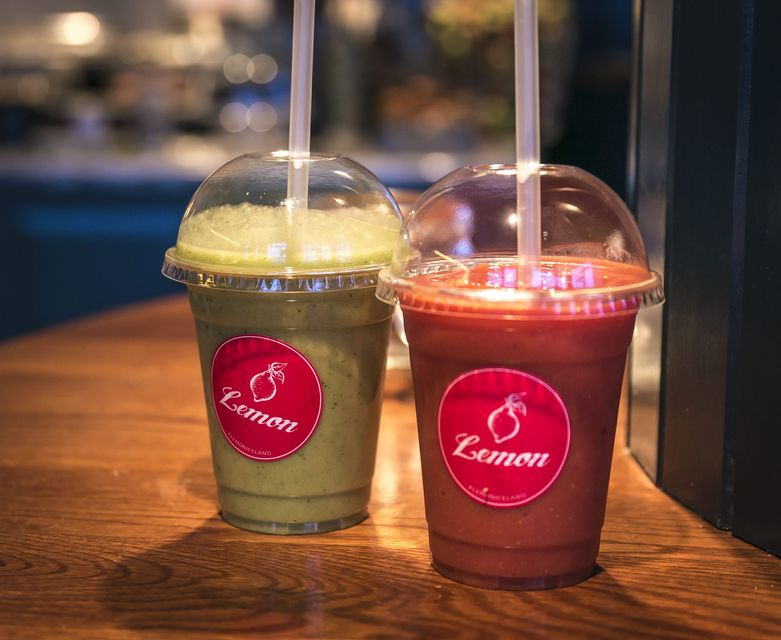 Lemon offers a variety of fresh juices and healthy sandwiches.