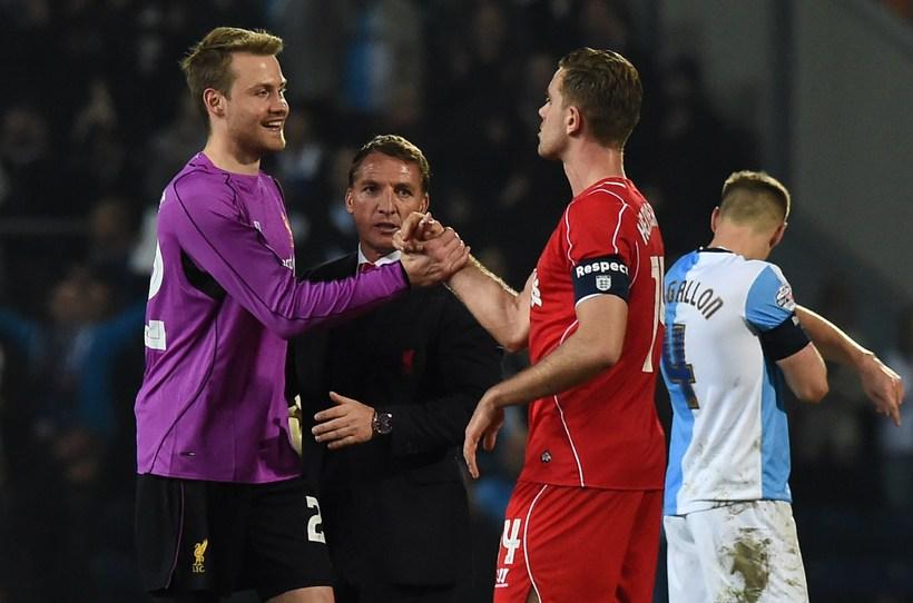 Simon Mignolet hefur átt afar misjafna daga í marki Liverpool.