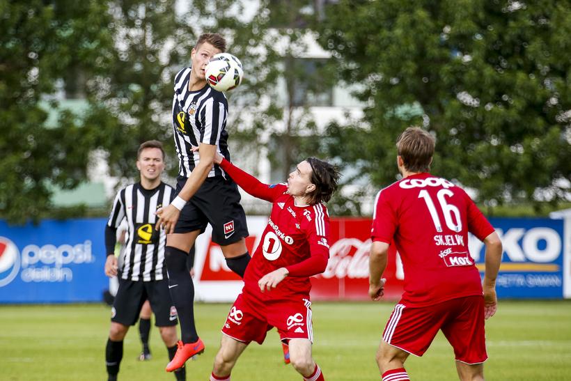 Hólmbert Aron Friðjónsson í Evrópuleik með KR gegn Rosenborg.