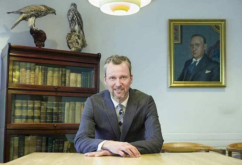Ragnar Tómas Árnason hæstaréttarlögmaður.
