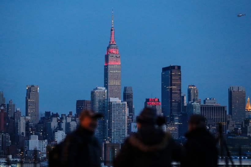 Empire State byggingin er meðal helsti kennileita New York borgar …