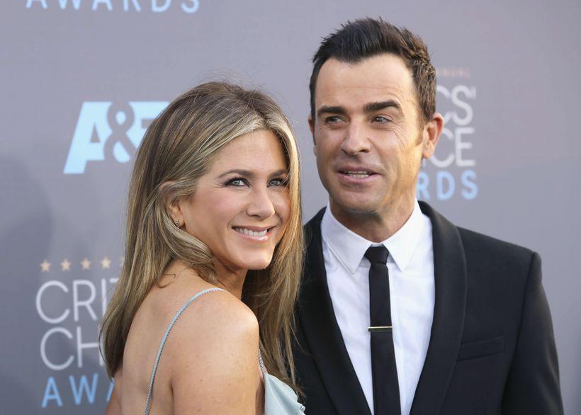 Jennifer Aniston og Justin Theroux tilkynntu um skilnað sinn í ...