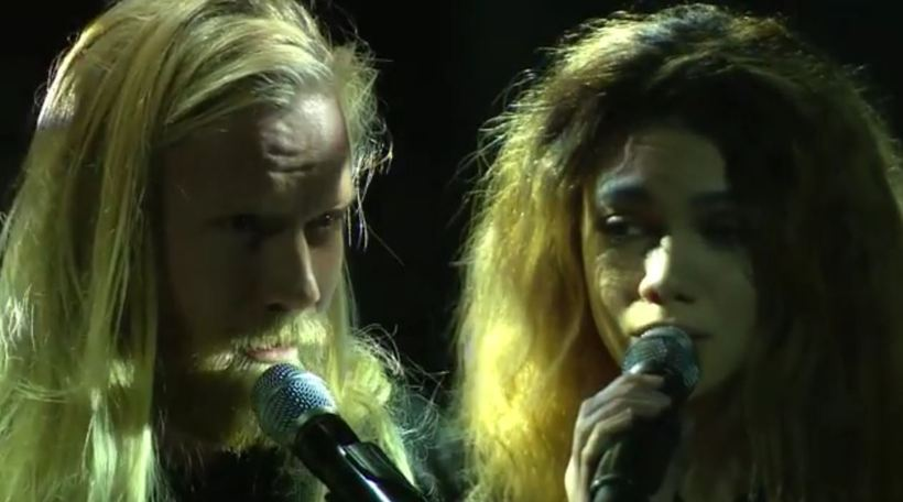 Högni Egilsson and Glowie perform a brand new version of …