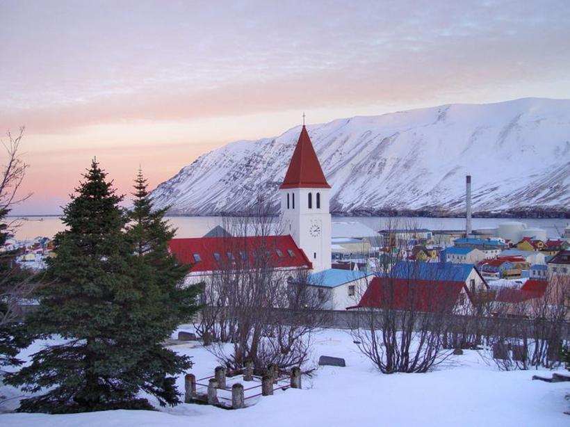 Siglufjörður by day.