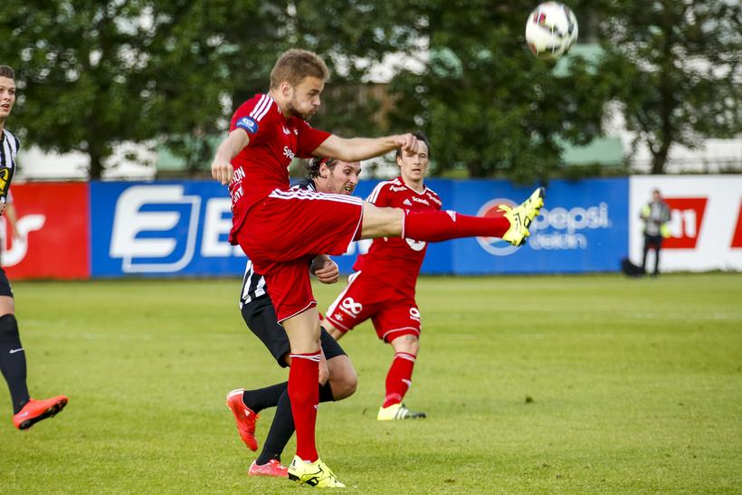 Hólmar Örn Eyjólfsson í leik með Rosenborg gegn KR í ...
