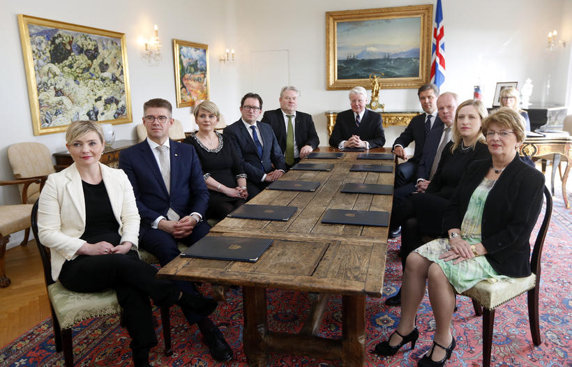Iceland's new government, together with President Ólafur Ragnar Grímsson.