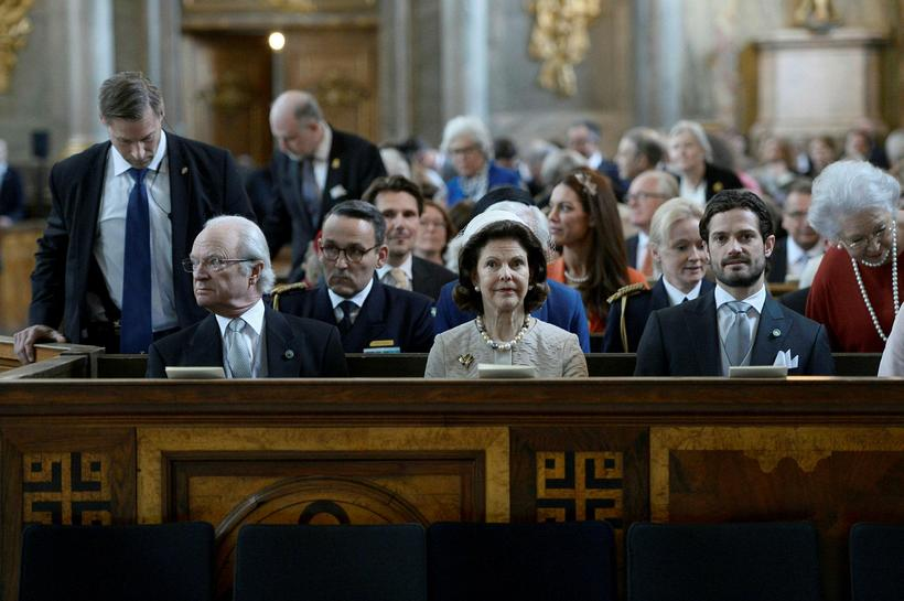 (Left to right) Sweden's King Carl XVI Gustaf, Queen Silvia ...