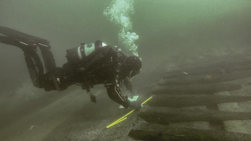 Marine Archaeologist Kevin Martin recording Melkmeid wreck.