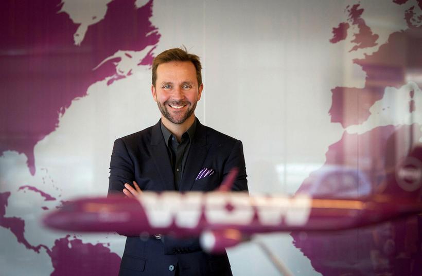 Skúli Mogensen, forstjóri WOW, skaut á Icelandair.