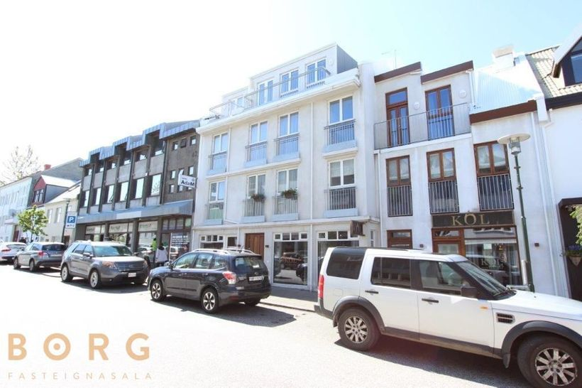 The flat is on Skólavörðustígur, a bustling downtown street.