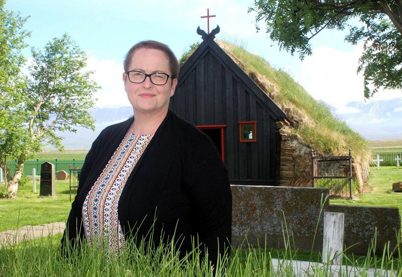 """""""Þetta er alveg upprunalegt,"""" segir Sigríður Stefánsdóttir sem er kirkjuvörður ..."""