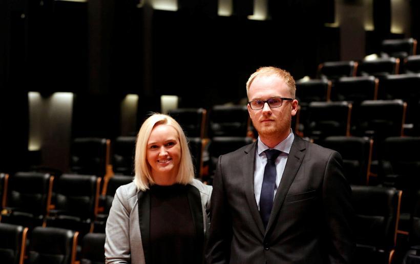 Erna Björg Sverrisdóttir og Konráð S. Guðjónsson hjá greiningardeild Arion ...