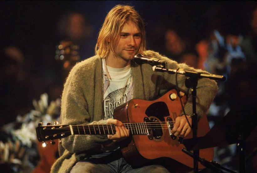 Kurt Cobain á frægum órafmögnuðum tónleikum í New York.