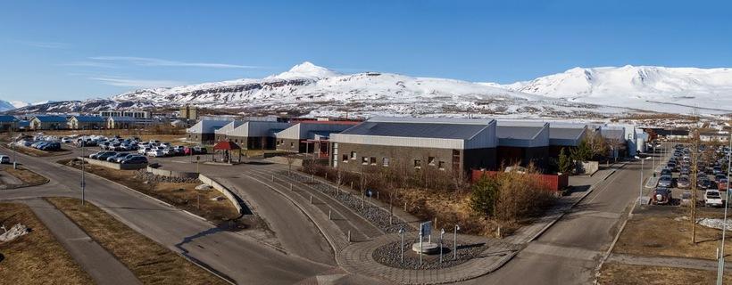 Keyrt var á Amelíu við Verkmenntaskólann á Akureyri.