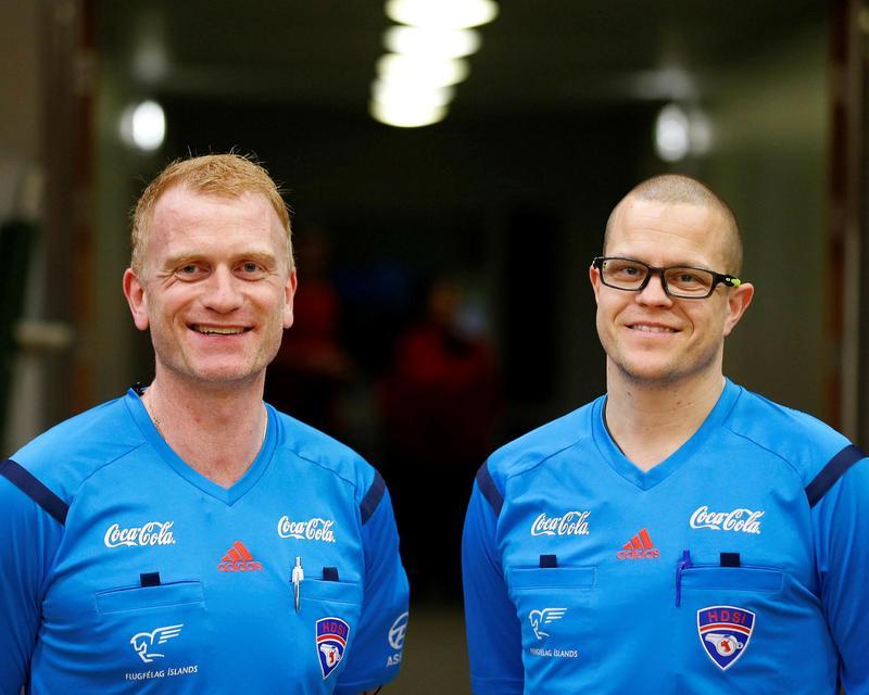 Anton Gylfi Pálsson og Jónas Elíasson handknattleiksdómarar.