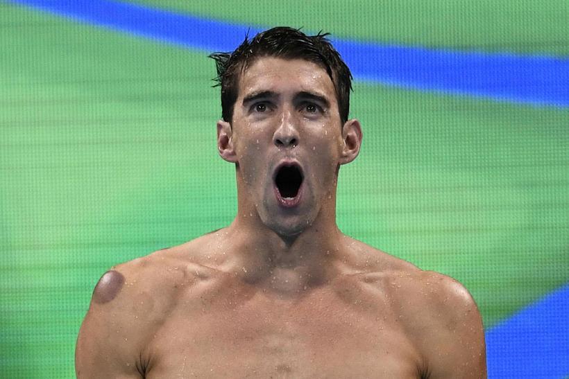 Michael Phelps sem tryggði sér sitt 19. ólympíugull í gær, ...