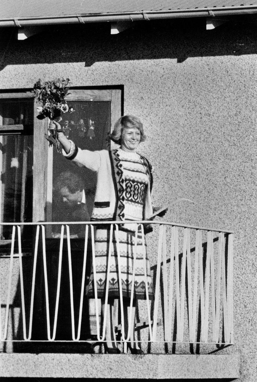 Vigdís Finnbogadóttir, newly elected President of Iceland, waves to the ...