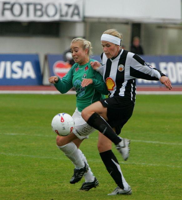 Katrín í búningi KR árið 2007.
