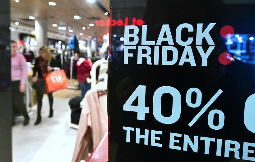 Black Friday fer fram í dag.
